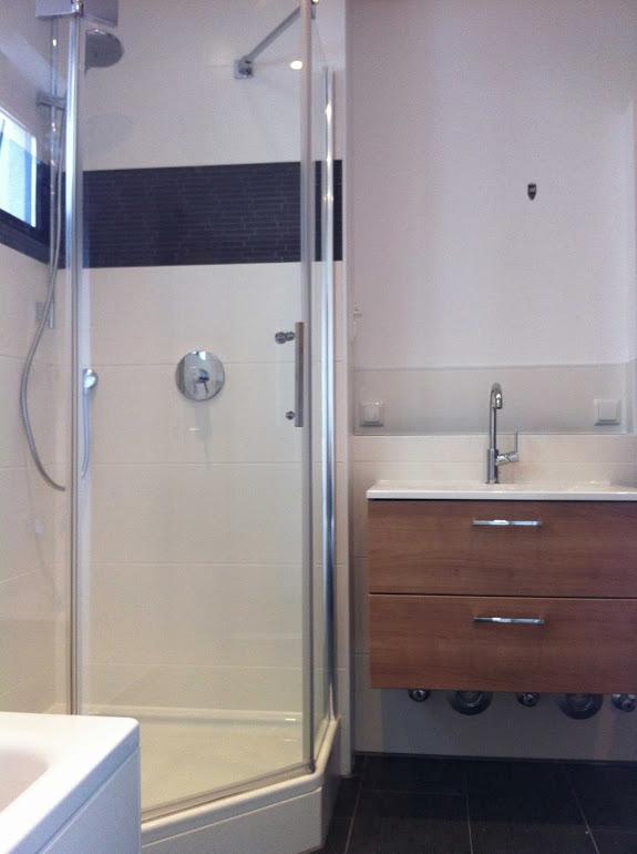 waschbecken oder sp lschrank fliesen latifi in darmstadt. Black Bedroom Furniture Sets. Home Design Ideas